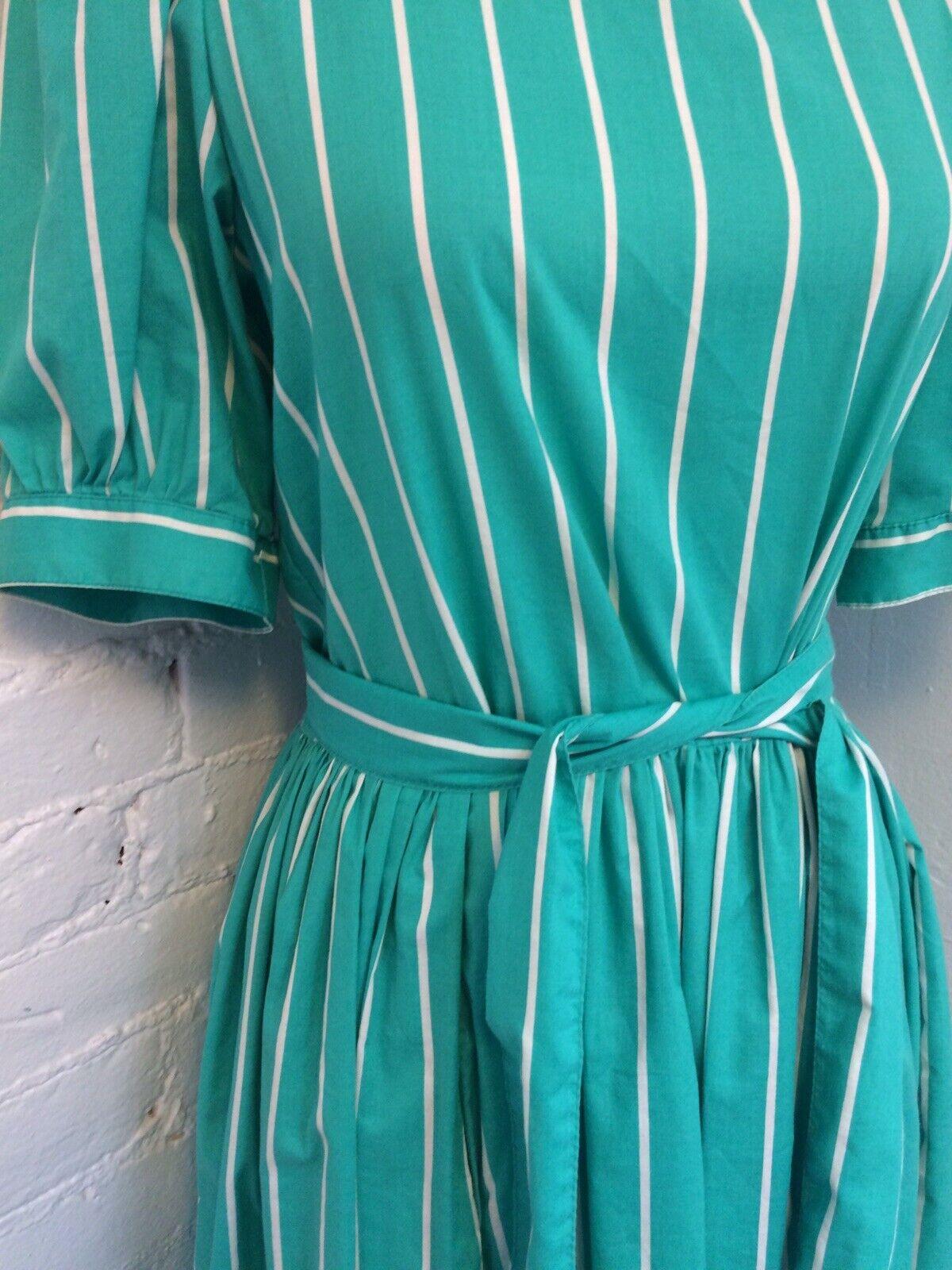 Laura Ashley Vintage 90s Midi Dress Pleated Green… - image 2