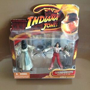 Figure-Indiana-Jones-Marion-Ravenwood-and-Cairo-Henchman