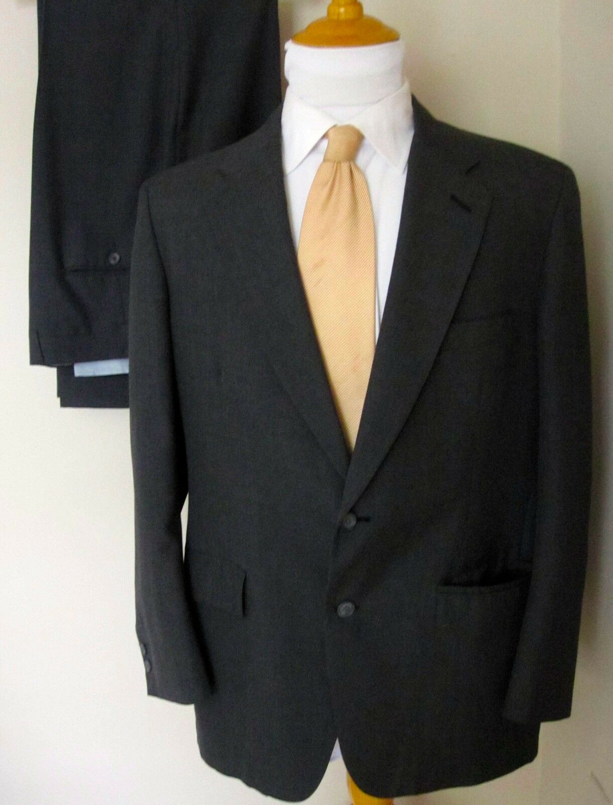 Brooks Brothers Suit 40R grau 2 Buttons Pants 38 X 28 Made USA