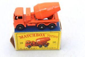 Un camion de mélange de ciment Lesney Matchbox, n ° 26 près de la menthe en boîte