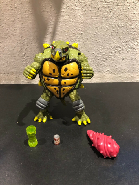 TMNT Turtles Mutatin' Tokka, Playmates, Teenage Mutant…