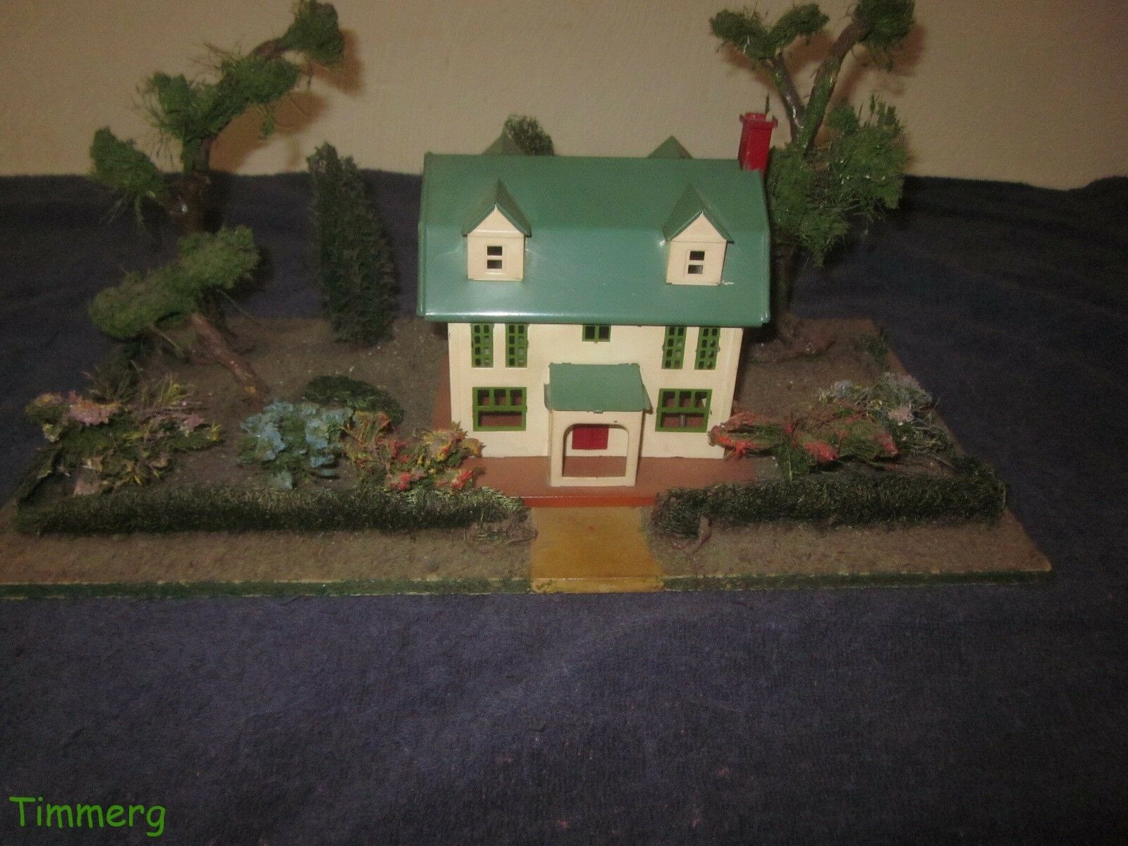 Lionel  Prewar 912 Illuminated Country Estate Plot Original Late colors