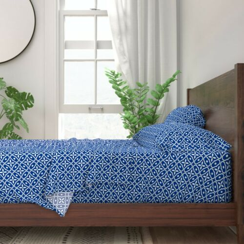 Blue And White Mosaic Tile Nautical 100/% Cotton Sateen Sheet Set by Roostery