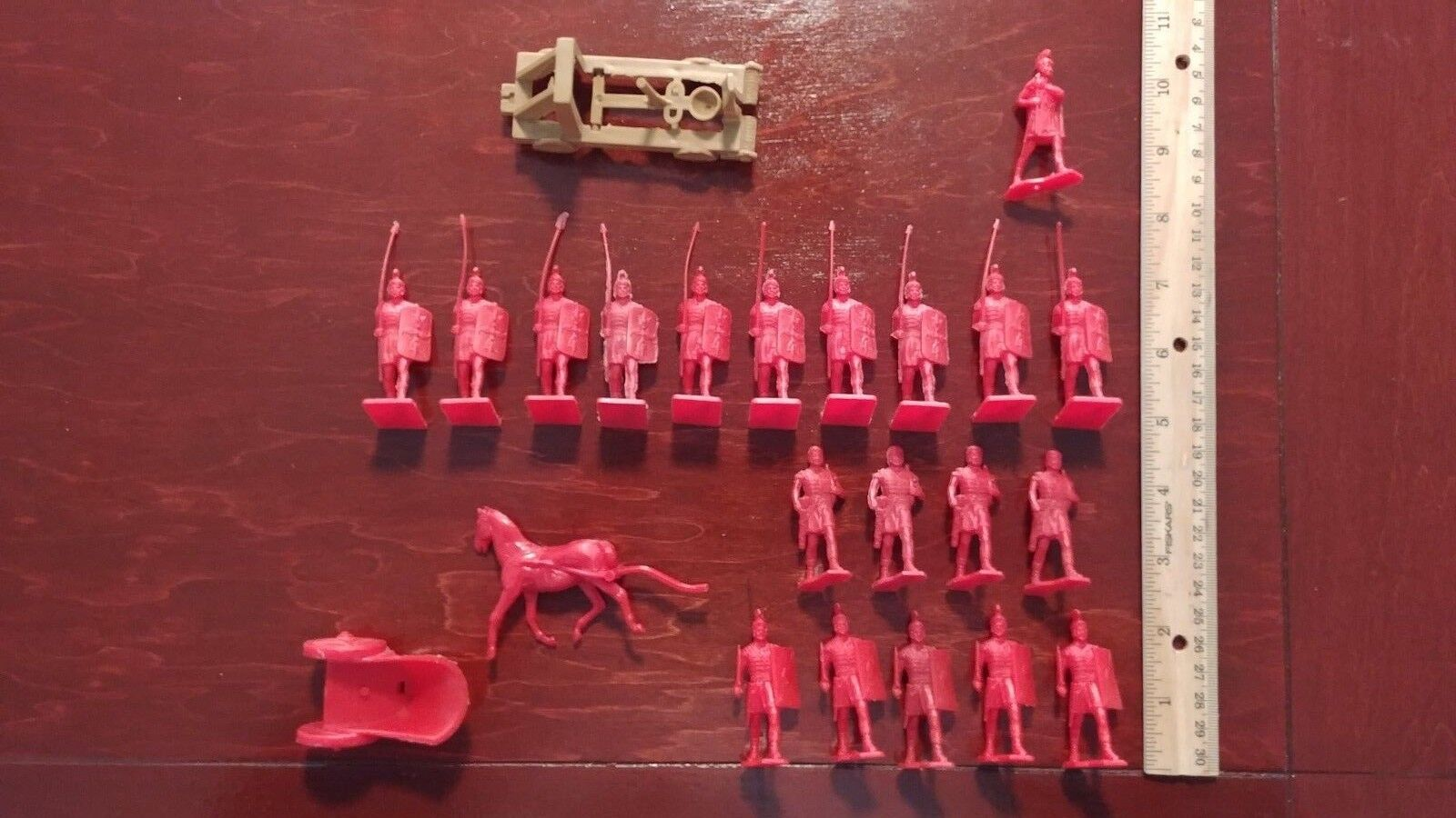20 BIG CAESAR Romans Red playset figures Remco 1963 LOT LOT LOT Vintage Chariot Catapult c7810a