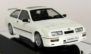Autoart-1-43-Scale-Ford-Sierra-RS-Cosworth-3-Door-White-Diecast-model-car