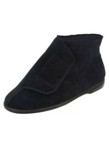 Brand New In Box . Navy Size 8 Men/'s Balmoral Boot Slippers