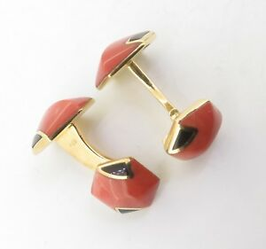 A-Fine-Pair-Of-Coral-amp-Onyx-Set-18K-Gold-Gentleman-s-Cufflinks-Signed-S-T