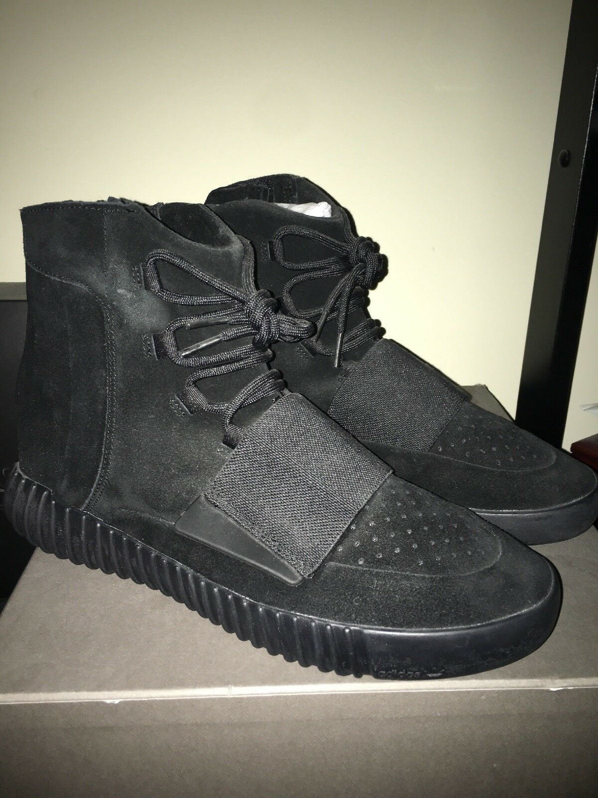 Adidas Yeezy Boost 750 Triple Black Sz 11 100% Authentic Brand New