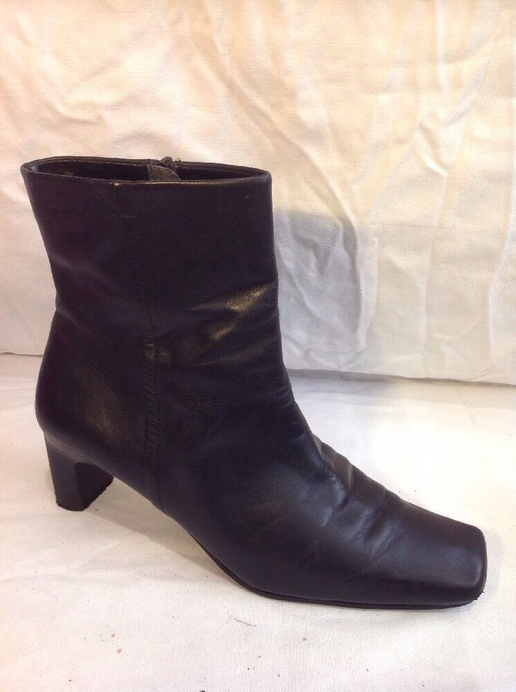 Chico's Black Ankle Leather Boots Size 10M (U.K. Size 8)