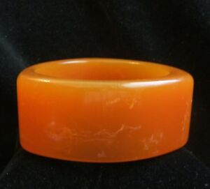 Beautiful Vintage Glass Bangle Bracelet Butterscotch Swirl Retro, Vintage 1930s-1980s Wristbands