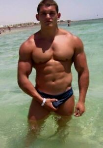 Muscle Men In Speedos