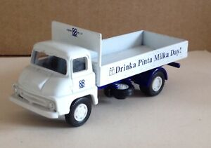 Vanguards Diecastthames Trader Truck Co Op Drinka Pinta Milka Day