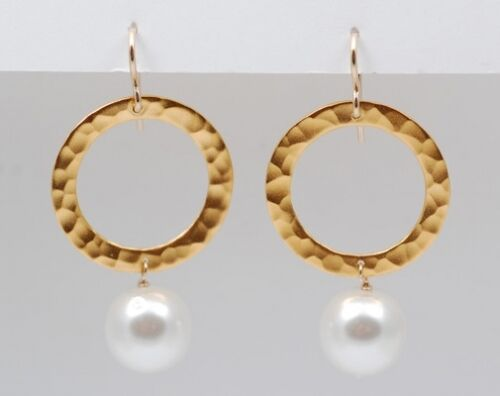 24 karat gold vermeil circle earrings (0.5  diameter) featuring glass pearls