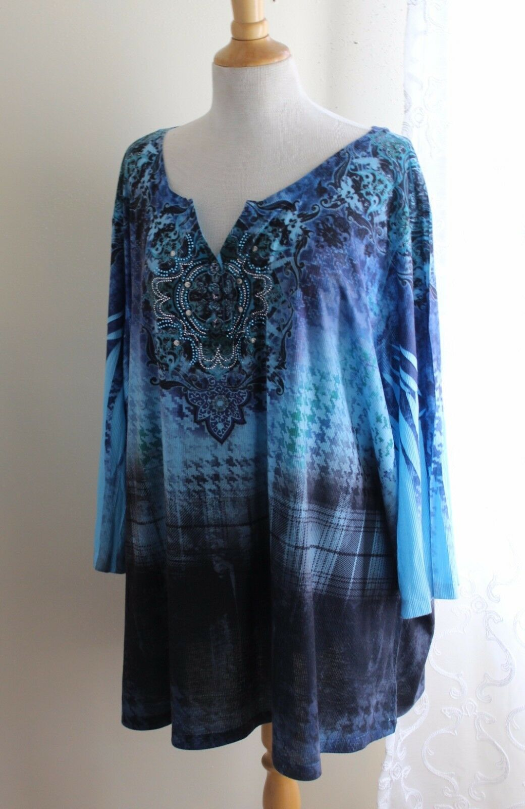 Catherines -Sz 4X Funky Art-to-Wear Blau Paisley Floral Tunic Knit Top Shirt