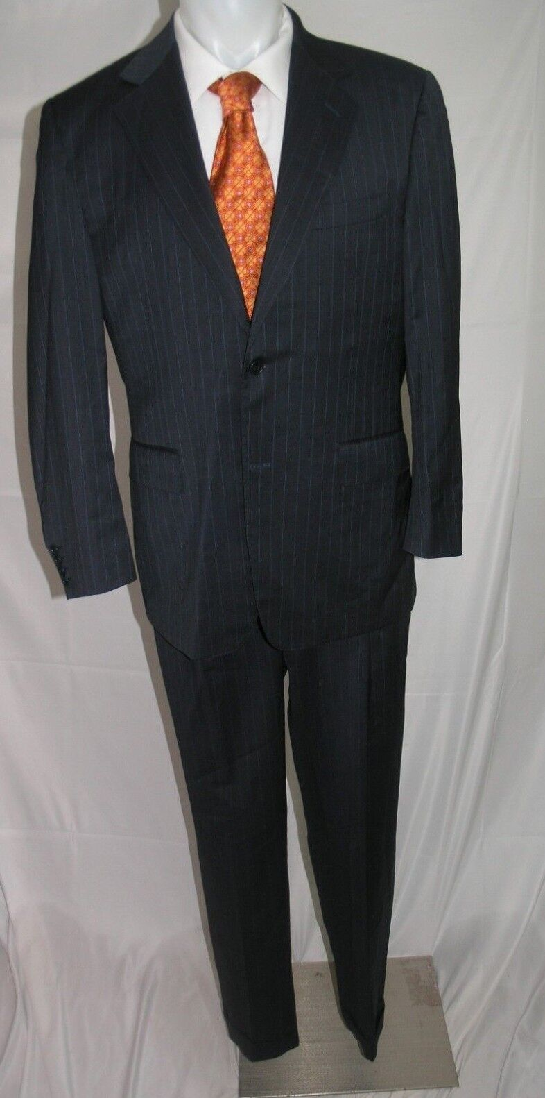 Canali Natural Comfort Two Button All Season Suit 40 R 34 x 31