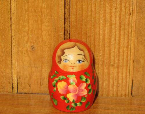 Miniatur Matryoshka Russische Matrjoschkapuppen 5 Handbemalt Winzige Rot Grün Puppen & Zubehör