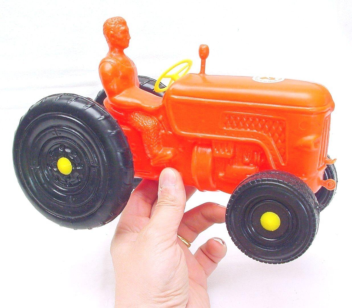 AS Jouet France Toys Plastic Plastic Plastic FENDT FARMER TRACTOR Blow Molded Mint 1967 RARE  7744a3