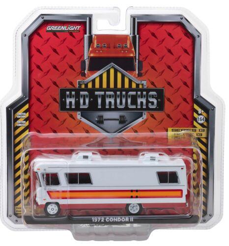 1:64 GreenLight *HD TRUCKS 13* WHITE RED ORANGE 1972 CONDOR II MOTORHOME RV NIP!
