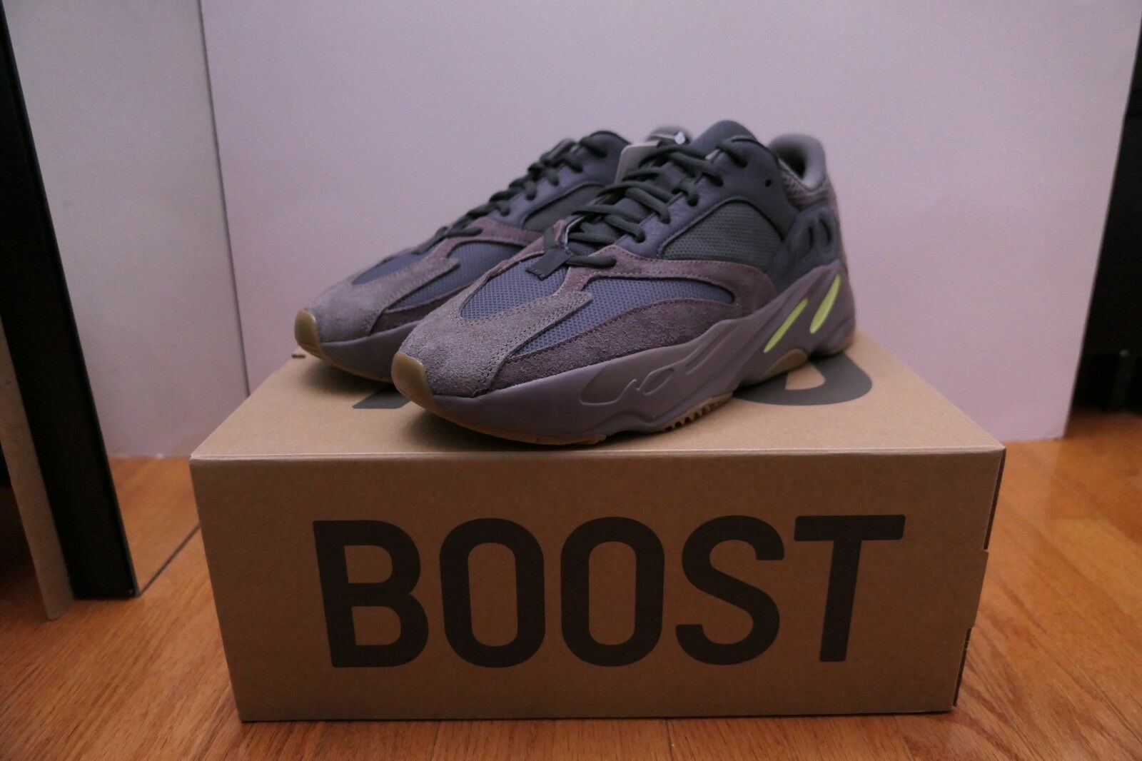new product 0b785 1b5a6 Adidas Yeezy Boost 700 Size 10.5 Mauve Confirmed Box Logo NMD UltraBoost