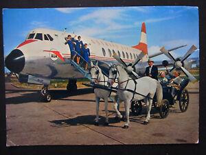 AK-Austrian-Airlines-Flugzeug-und-ein-Wiener-Fiaker-02671
