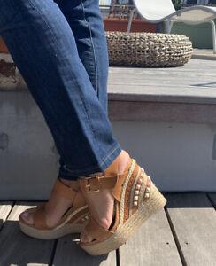Superbe-Sandale-Plate-Forme-RAS-TAILLE-38-clous