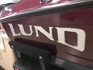 Lund Raised Silver//Chrome Decals