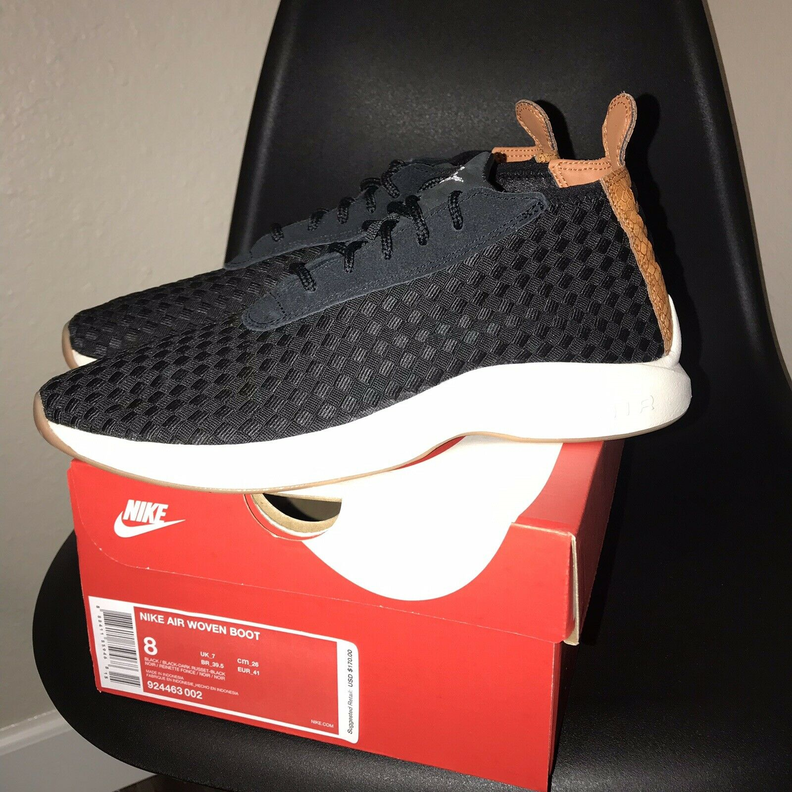 NIKE Men's Size 8 AIR WOVEN BOOT BLACK -Dark Russet With Box 924463 002