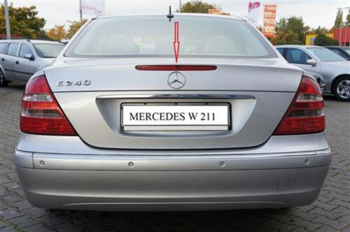 Mercedes-Benz E-Class W211Original SMD circuit board for the 3rd brake light NEW