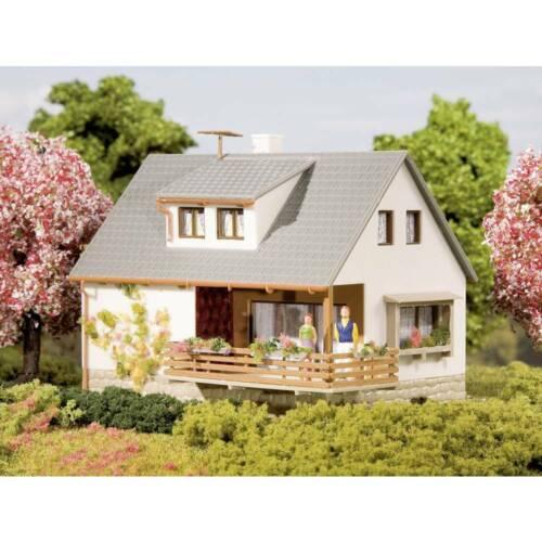 Auhagen 12223 H0//TT villetta unifamiliare con balcone