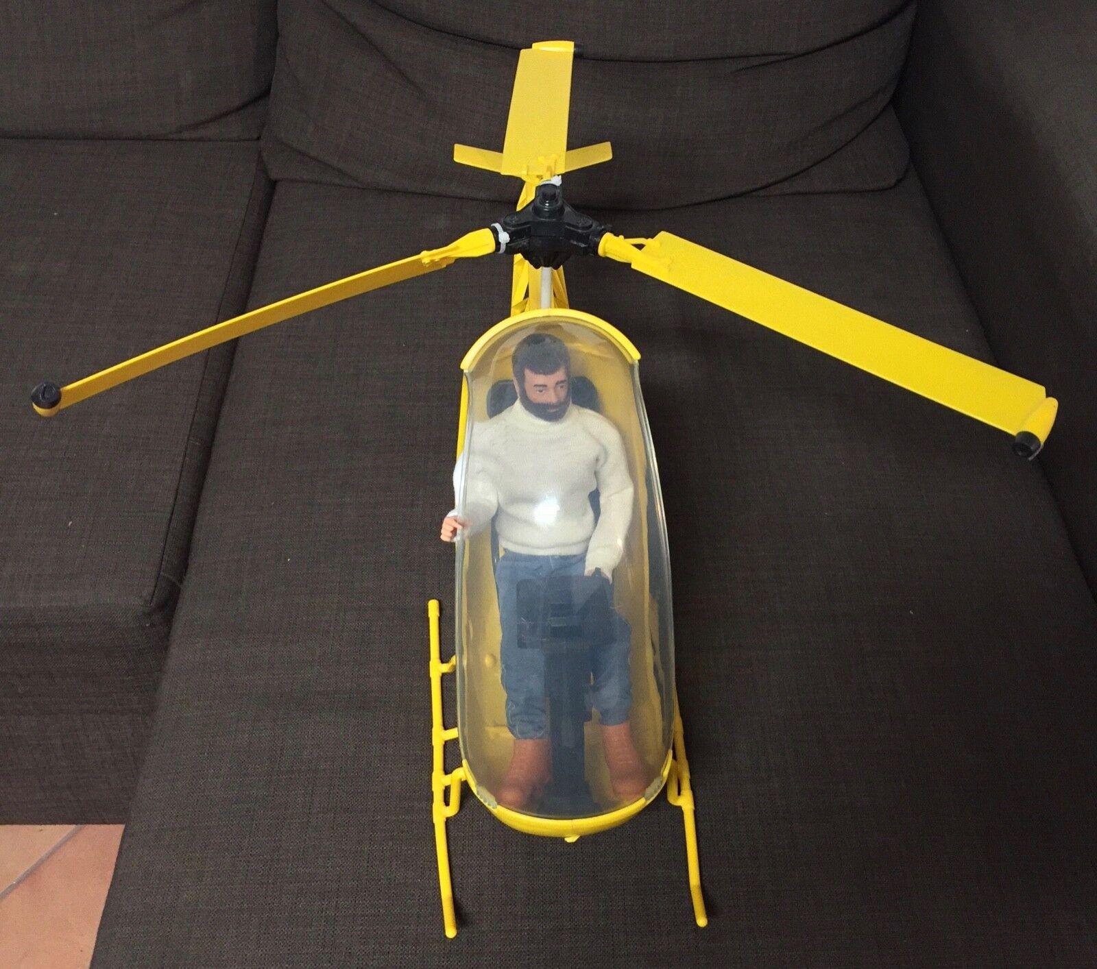Gi - joe - hubschrauber mit action - man - soldaten durch palitoy mit händen.