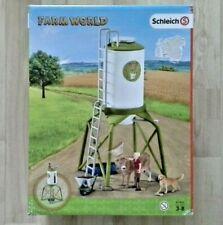 Kleinkindspielzeug Schleich Farm World 41429 FUTTERSILO MIT TIEREN UND BAUER *NEU OVP*