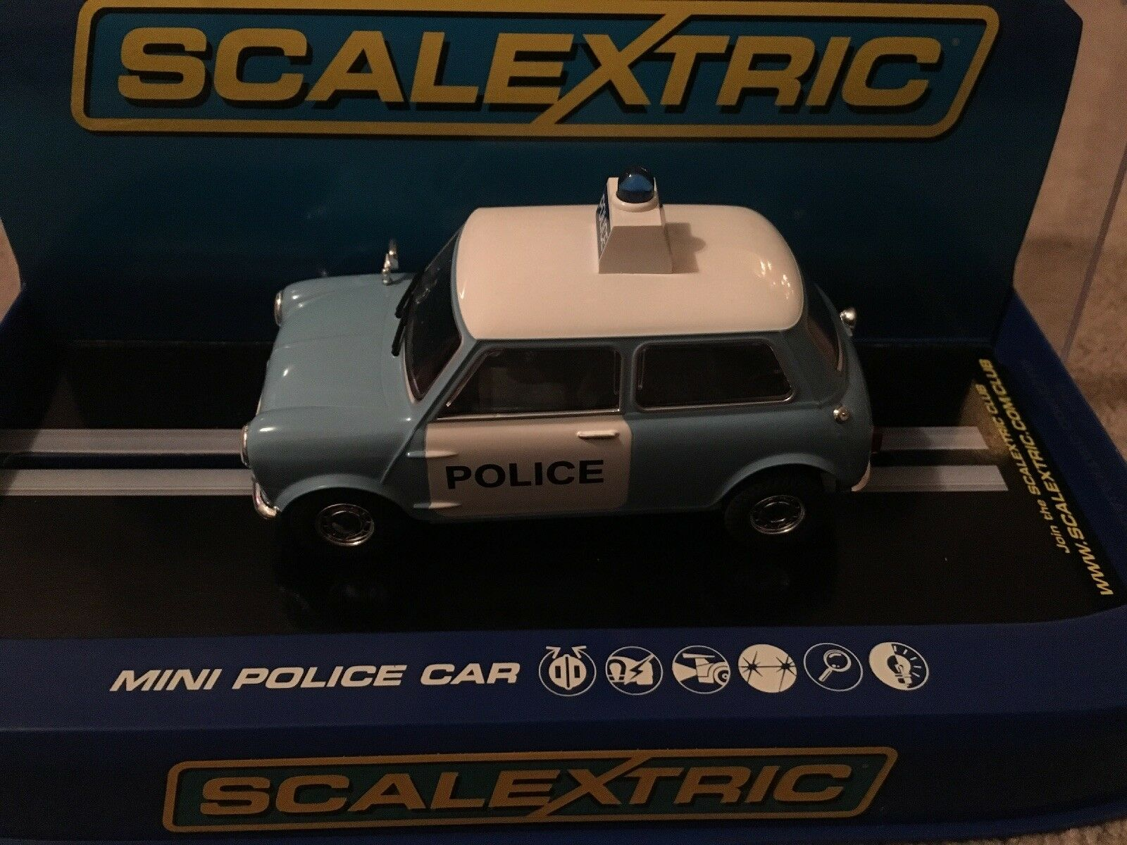 Scalextric Morris Mini voiture de police C3213 New BOXED