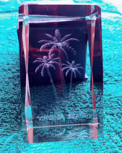Laser-Etched-3-5-034-Crystal-Paperweight-Virginia-Beach-Palm-Trees-Original-Box-VTG