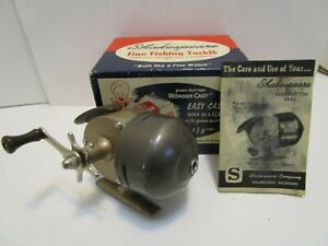 VINTAGE SHAKESPEARE WONDER CAST 1771 FISHING REEL W/BOX