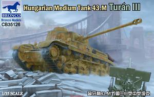 Bronco-1-35-35126-Hungarian-Medium-Tank-43-M-Turan-III