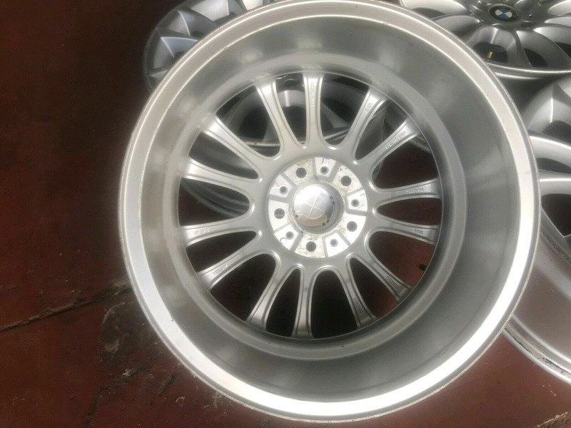 Original 5 series 19 inches BMW narrow and wide for sale still very go