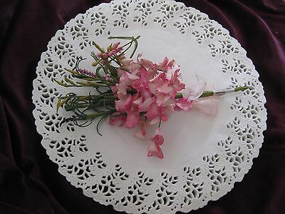 """100 12"""" INCH WHITE PAPER ELEGANT WEDDING SCROLL LACE DOILIES ROUND PLACE MAT"""
