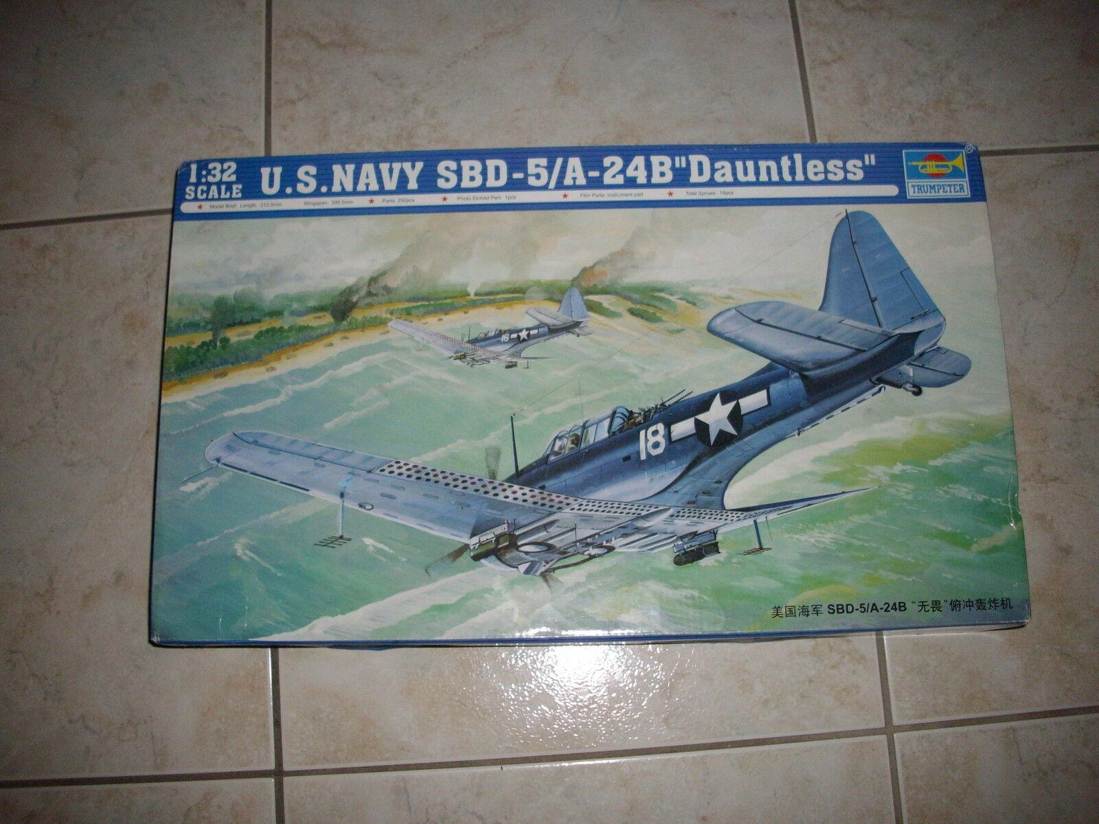 TRUMPETER U.S NAVY  SBD-5 A-24B  DAUNTLESS   PLASTIC MODEL 1 32  sortie en vente