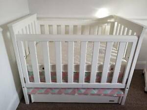 Baby-cot-with-mattress-change-table-and-under-cot-storage-unit