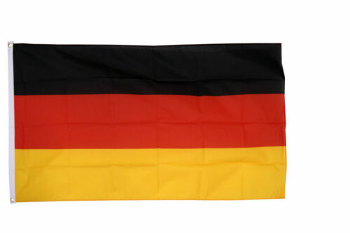 Germany Flags /& Bunting 5x3/' 3x2/' /& Giant 8x5/' Table Hand World Cup 2018