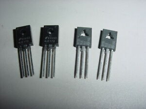 8x SMCC-2R7K-02 Inductor axial THT 2.7uH 940mA 260mΩ ±10/%  FASTRON