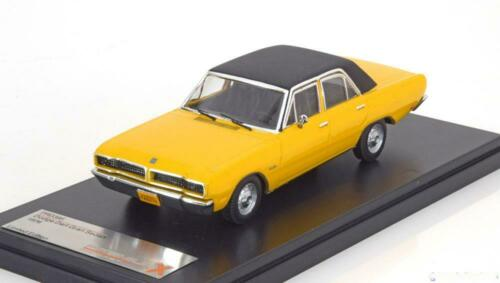 1:43 PremiumX Dodge Dart Gran Sedan 1976 yellow//black