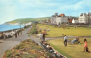 Vintage-East-Sussex-Postcard-Lawns-from-Wish-Tower-Eastbourne-HM5