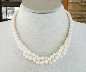 Vtg Faux Pearl Twisted Bead Center Choker necklace Gold Tone Adj Length