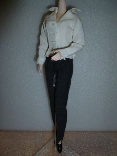 Barbie X-Files Dana Scully 1998 Grey Wool Suit /& Blouse Unboxed ~ Free U.S Ship