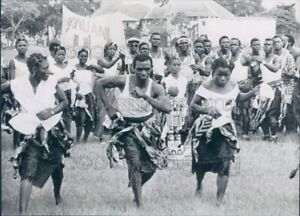 Details about 1960 Press Photo Traditional Dance Independence Day  Celebration 1960s Nigeria
