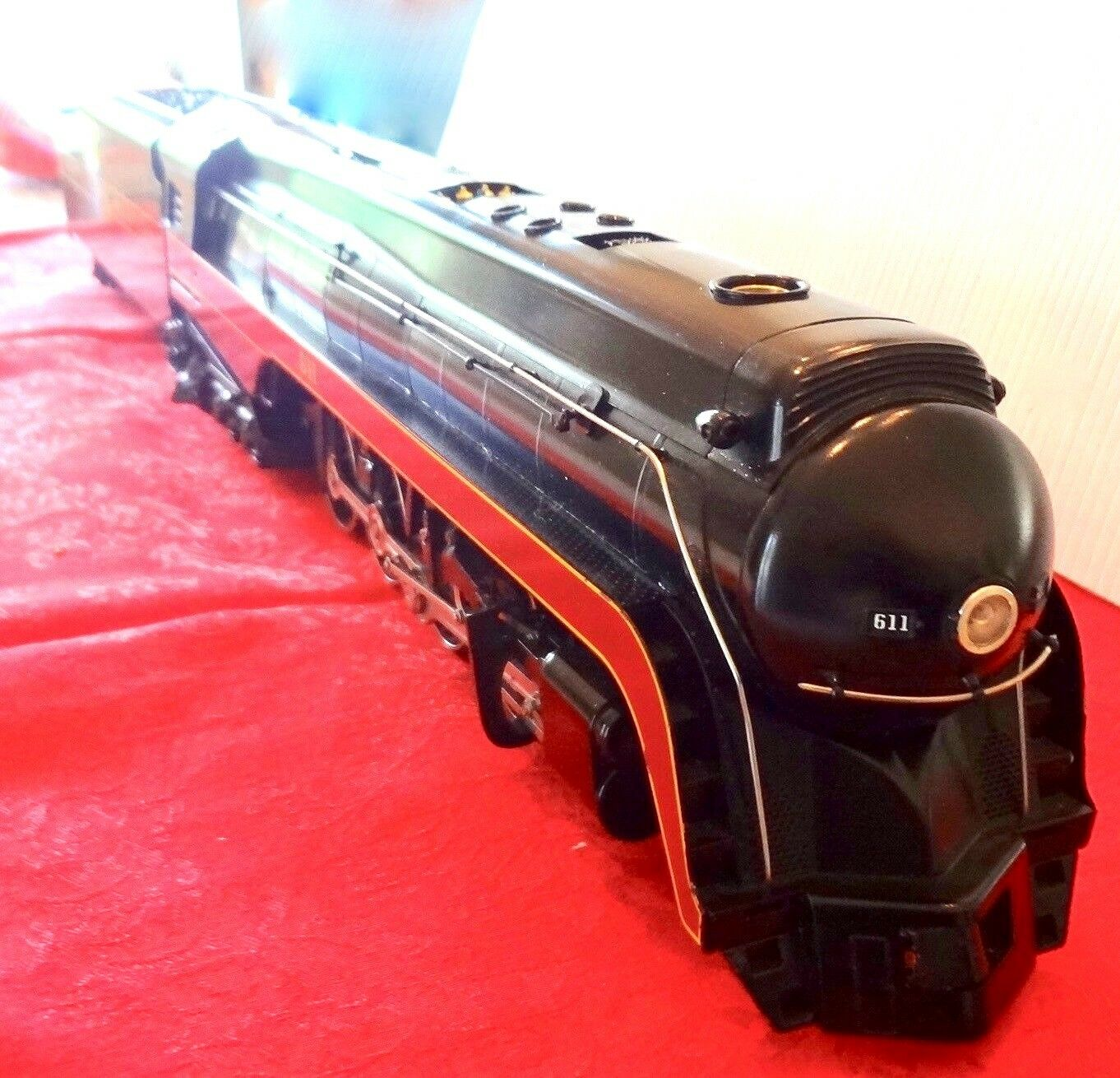 WILLIAMS ELECTRIC TRAINS 611 NORFORK AND WESTERN 2 PIECES