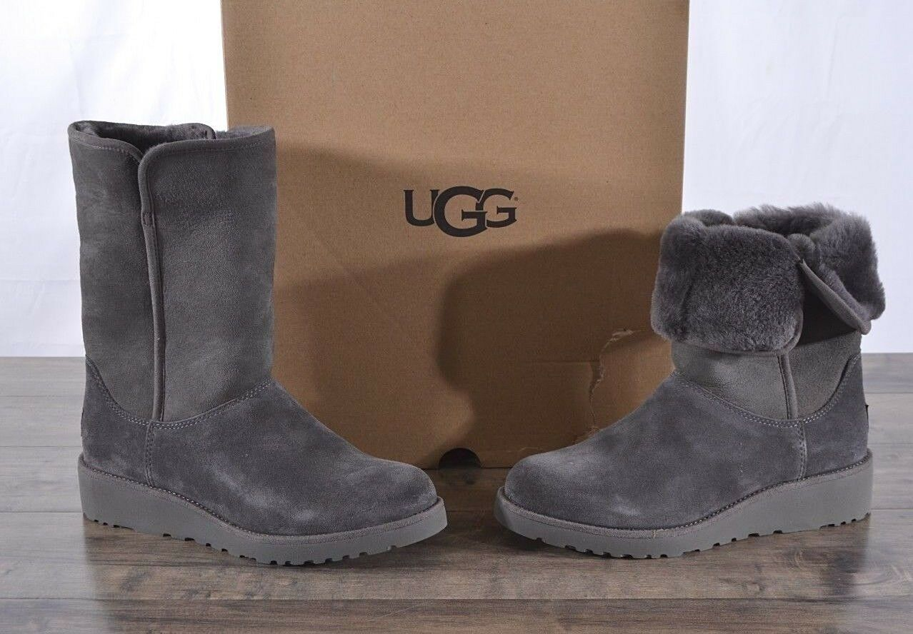 6837c1d4064 UGG Australia Women's Amie Classic Slim Suede Sheepskin Boots 9 MED GREY  1013428