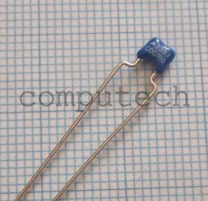 AR21 Series COG 50 pezzi Condensatore multistarto 470nF 100V 20/% AVX NPO