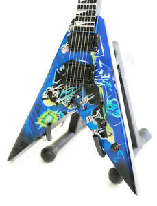 Flying V Guitar Stand : miniature guitar megadeth rust in peace with free stand flying v ebay ~ Hamham.info Haus und Dekorationen